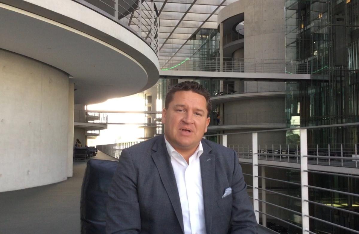Offener Brief an Marcus Held: Forderung nach Rücktritt als MdB.